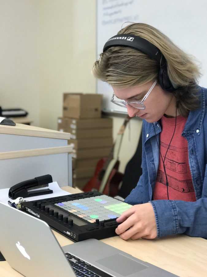 FHS Sound Record Department Receives Ableton Grant