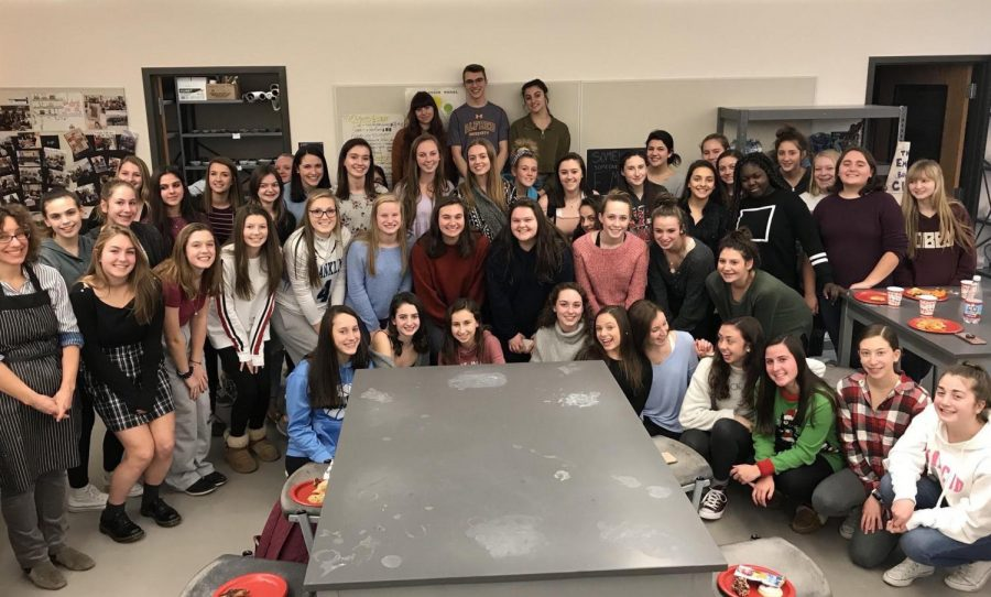 Empty Bowls Rock the Holidays