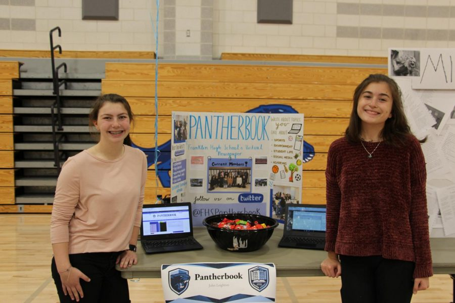 Halle Goldsmith (right) and Elise Ravech (left) representing Pantherbook at Panther Pride Night!