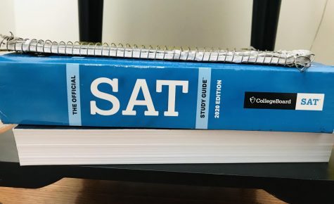 The official SAT study guide (2020 edition). Photo Credit: Isabella Scafidi