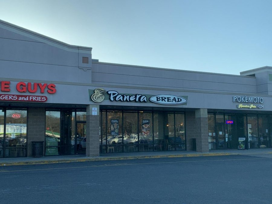 Panera+Bread+located+on+West+Central+Street+down+the+road+from+Franklin+High+School